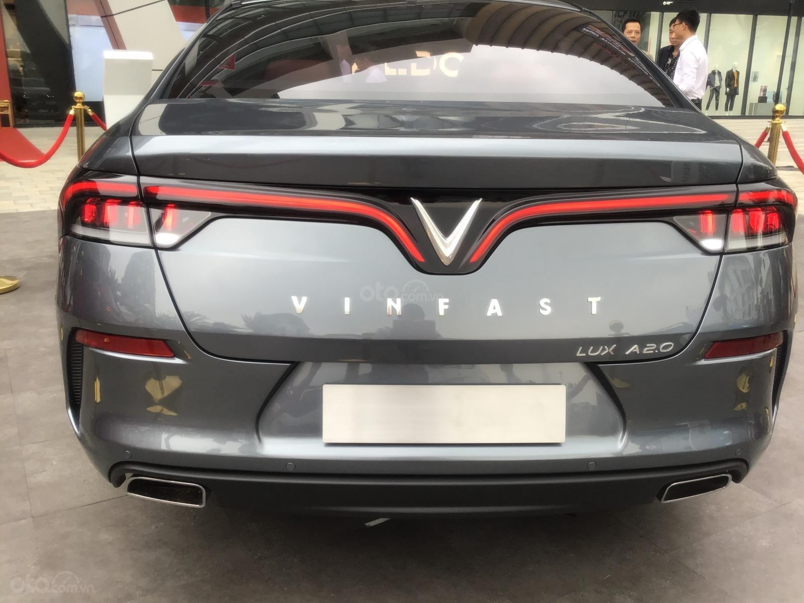 Vinfast Hải Phòng, đặt cọc xe Vinfast Lux A2.0 tại Hải Phòng giá tốt nhất, nhận xe nhanh nhất-2
