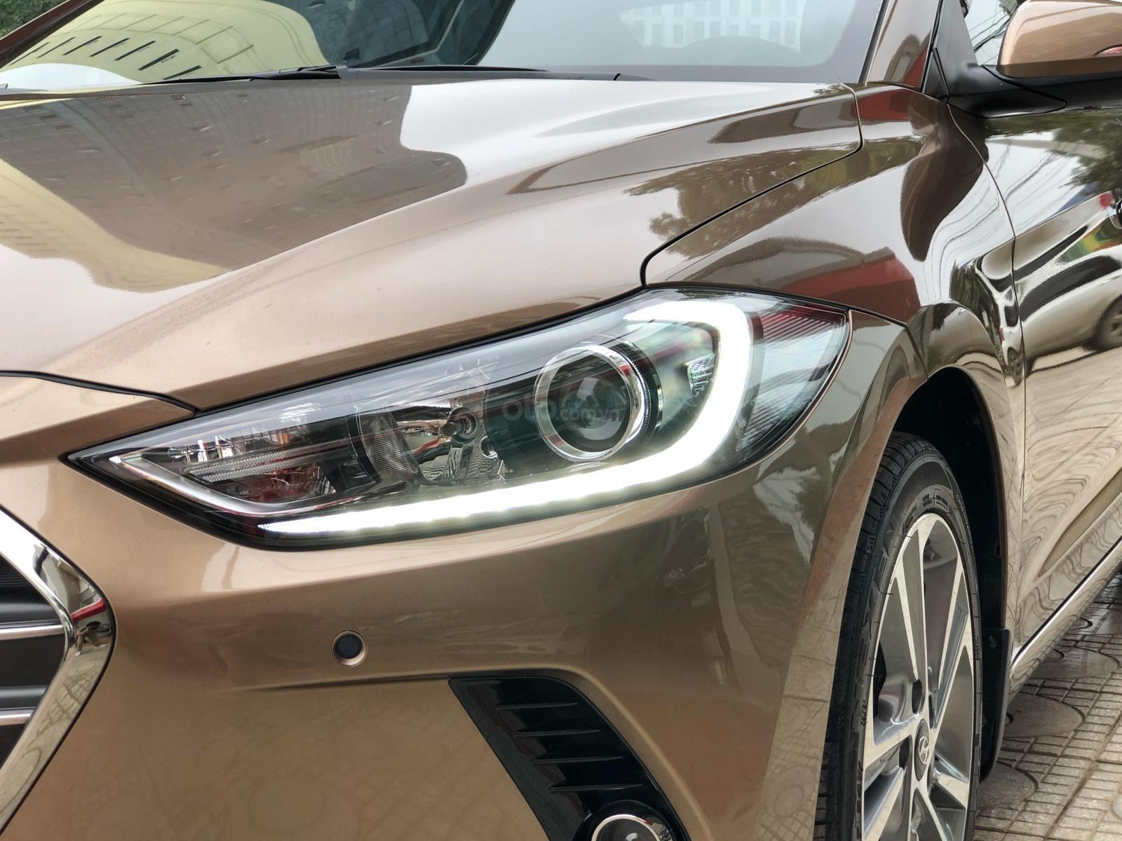 Cần bán gấp Hyundai Elantra 2.0 GLS 2018, màu nâu chính chủ (7)