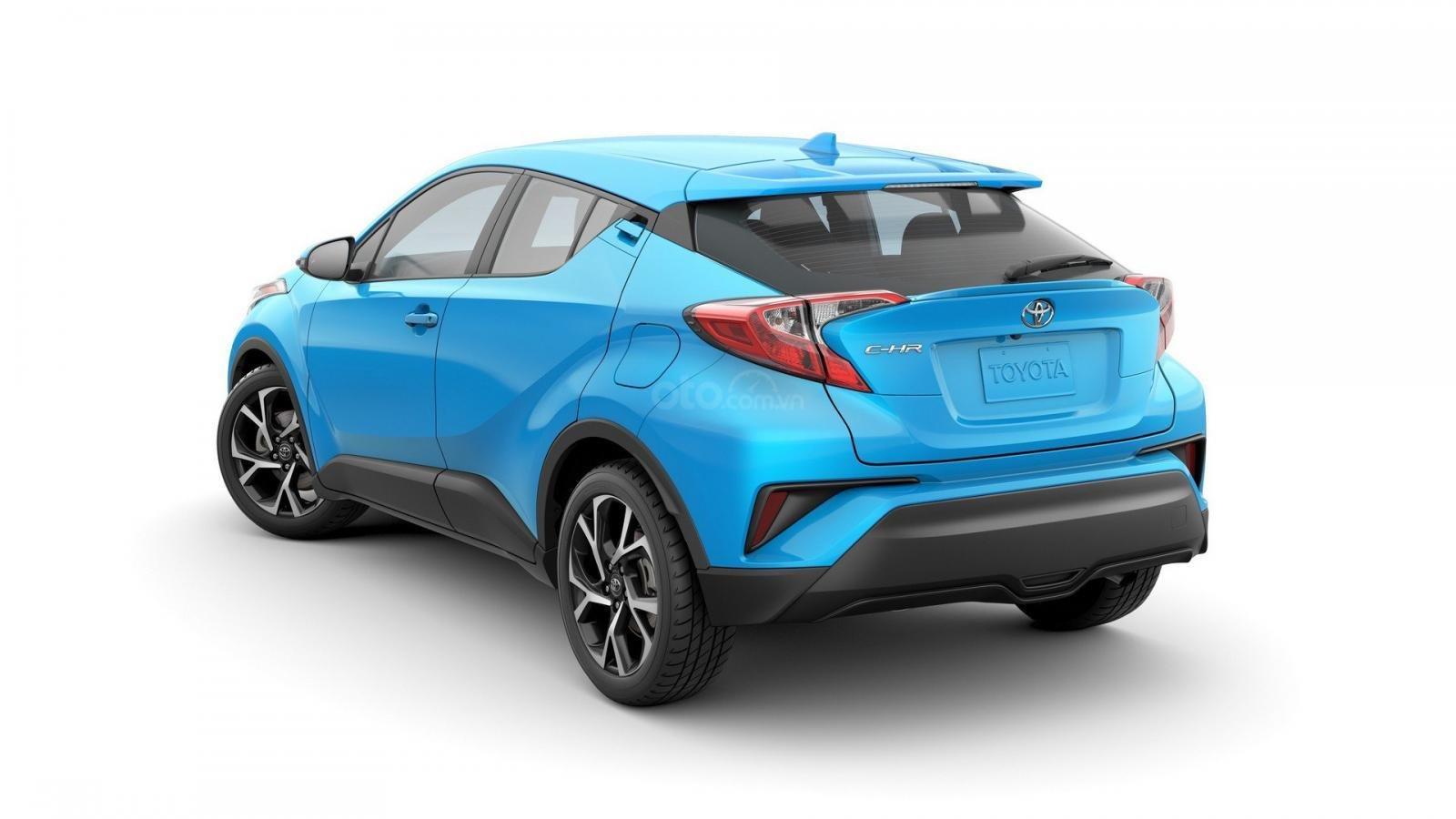 Toyota C-HR 2019 bổ sung 1 số tính năng tiêu chuẩn đáng giá