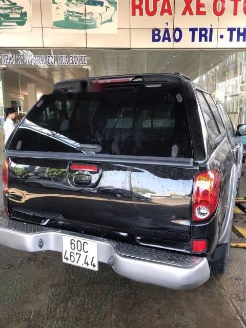 Bán Mitsubishi Triton đời 2011, màu đen xe gia đình, giá chỉ 370 triệu-4