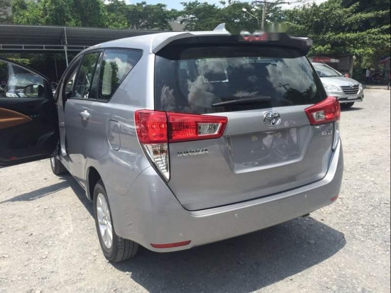 Cần bán Toyota Innova 2.0E MT đời 2019, xe giá thấp, giao nhanh toàn quốc (4)