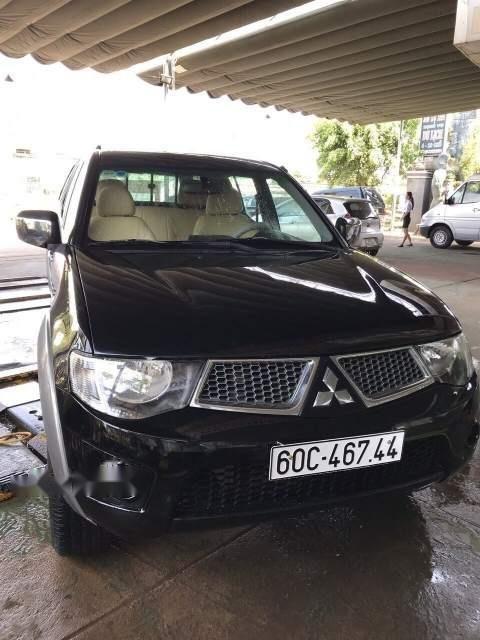 Bán Mitsubishi Triton đời 2011, màu đen xe gia đình, giá chỉ 370 triệu-0