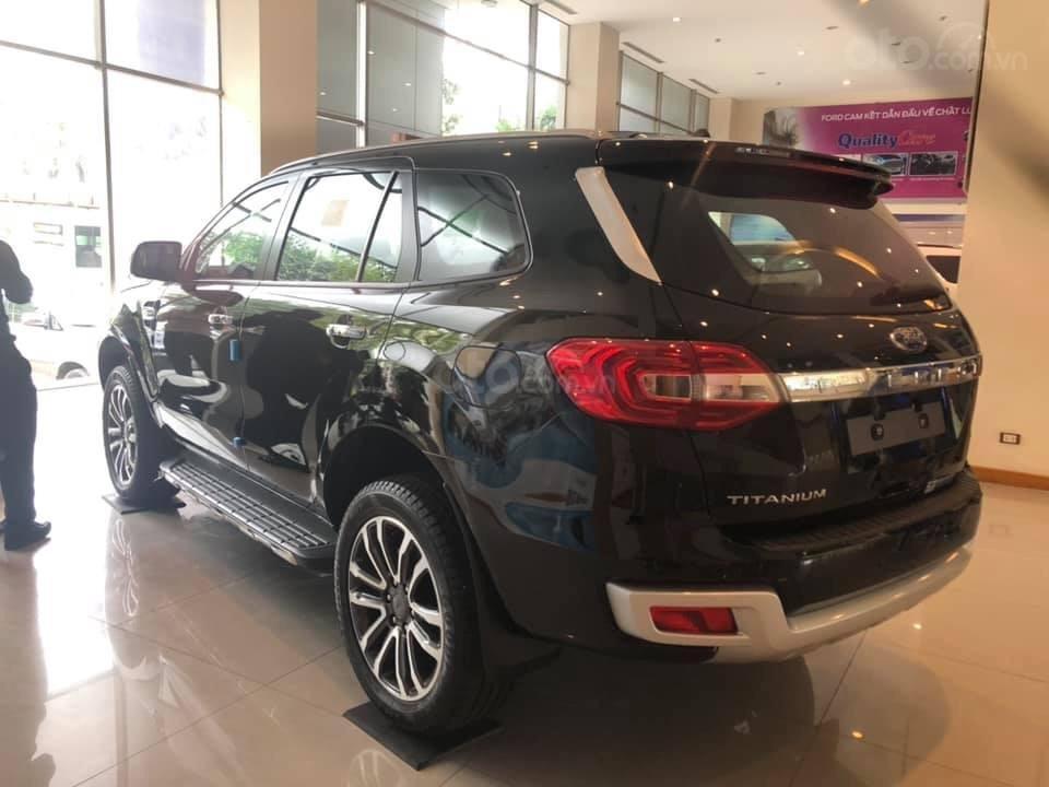 Bán Ford Everest Titanium 4x2 sản xuất 2019 tặng gói phụ kiện lớn, đủ màu giao ngay - LH 0974286009 (4)