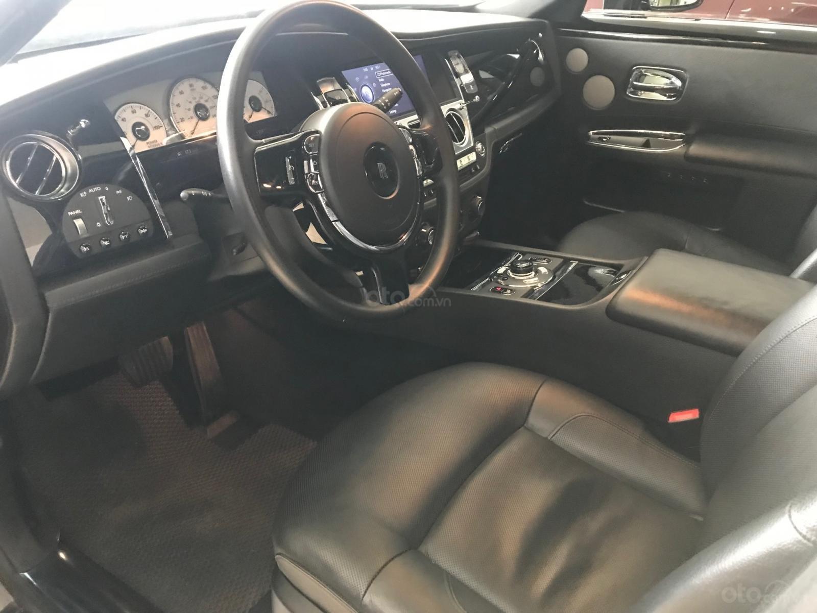 Bán ô tô Rolls-Royce Ghost 2011, màu đen, xe chạy cực ít, siêu đẹp (9)