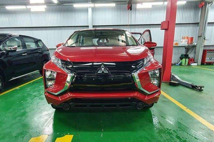 Mitsubishi Xpander có thêm bản màu đỏ về Việt Nam a3.