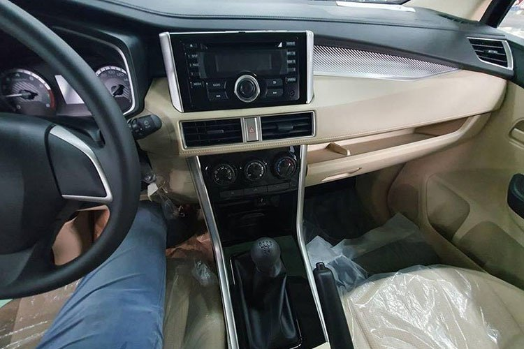Mitsubishi Xpander có thêm bản màu đỏ về Việt Nam a5.