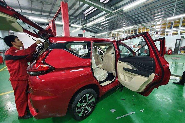 Mitsubishi Xpander có thêm bản màu đỏ về Việt Nam a7.