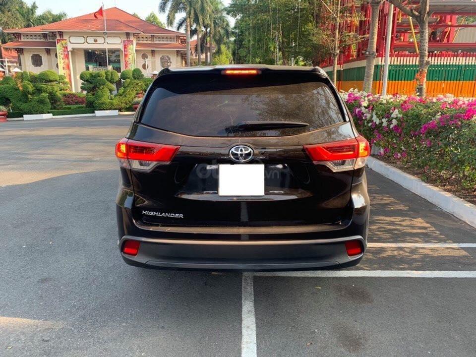 MT Auto 88 Tố Hữu bán xe Toyota Highlander LE, sản xuất 2017, ĐK 2018, LH em Hương 0945392468 (4)