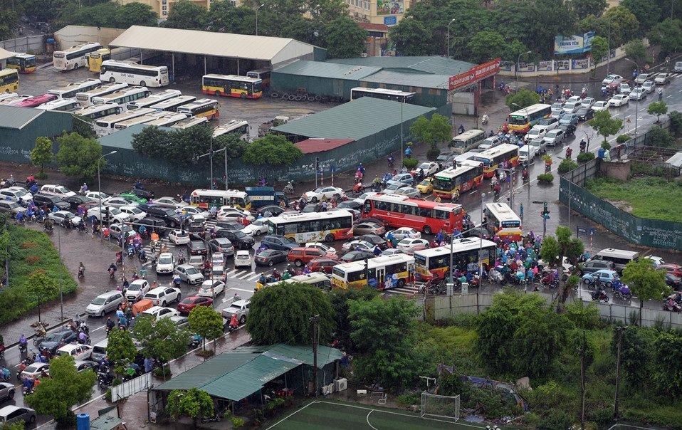 Quy tắc nhường đường tại nơi đường giao nhau và mức phạt khi tài xế vi phạm3aa