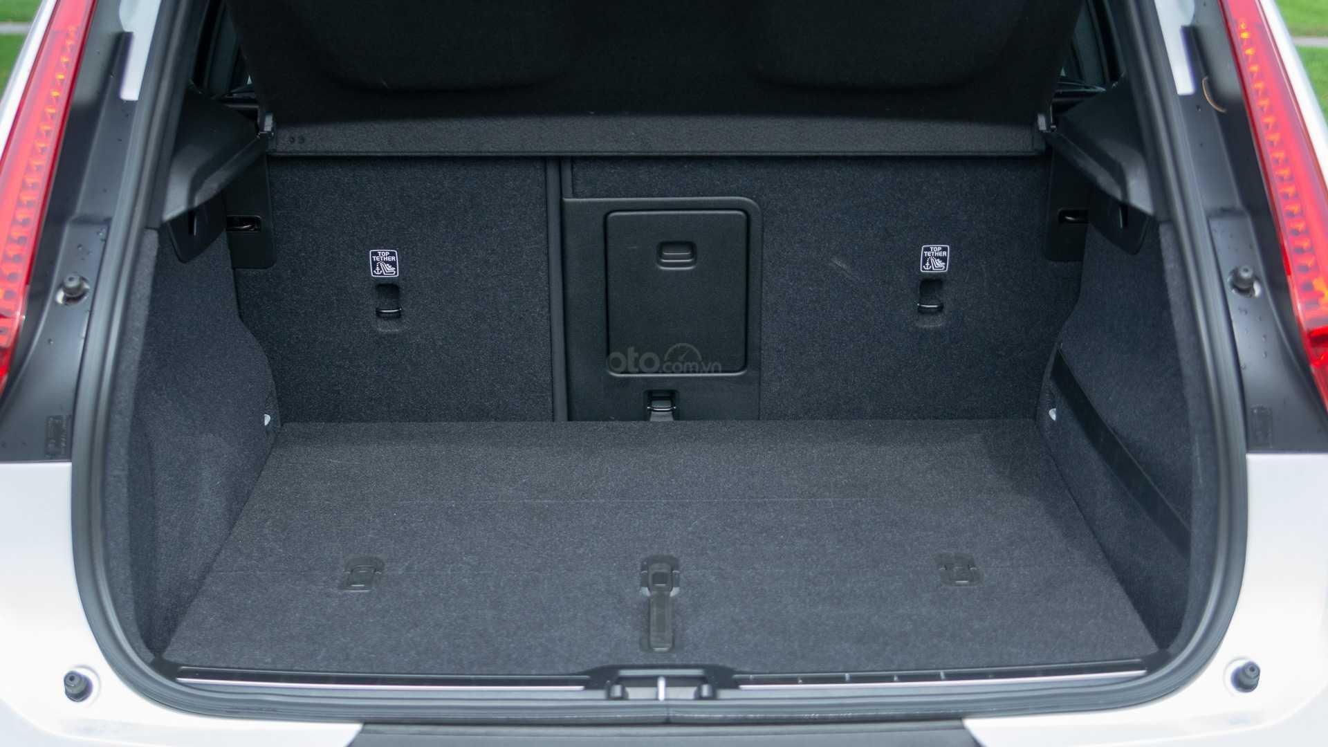 Volvo XC40.