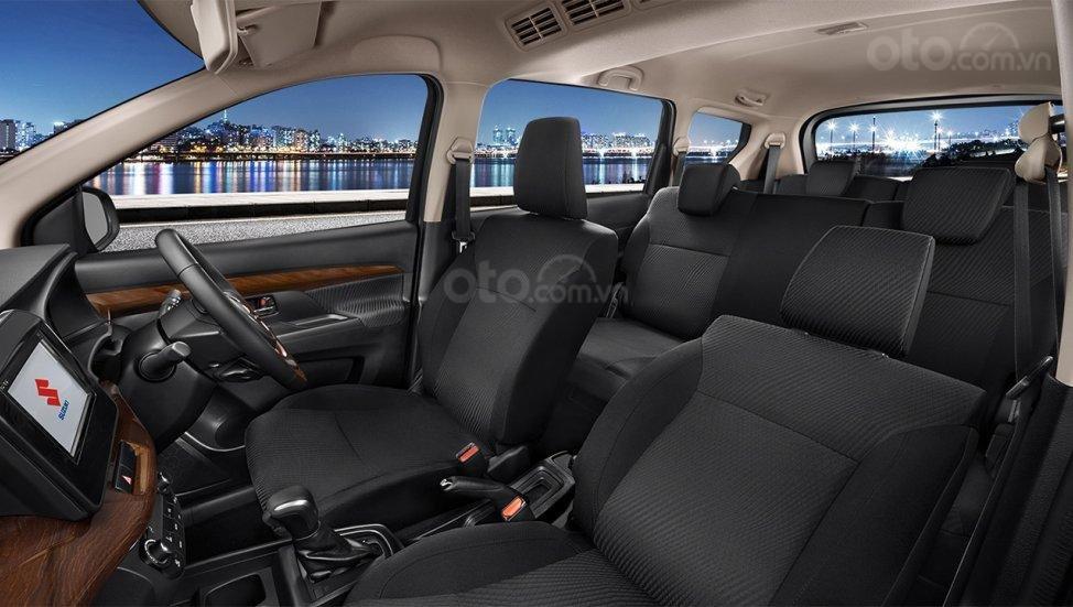 Suzuki Ertiga Suzuki Sport 2019 với bộ ghế đen tuyền