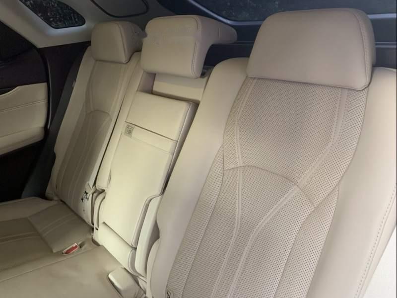 Cần bán lại xe Lexus RX 350 năm sản xuất 2016, màu đen, nhập khẩu, còn rất đẹp và mới-2