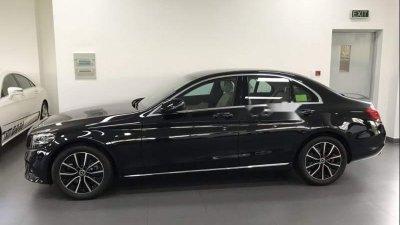 Thân xe Mercedes-Benz C200 2019
