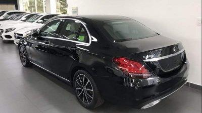 Đuôi xe Mercedes-Benz C200 2019