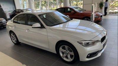 Thân xe BMW 3-Series