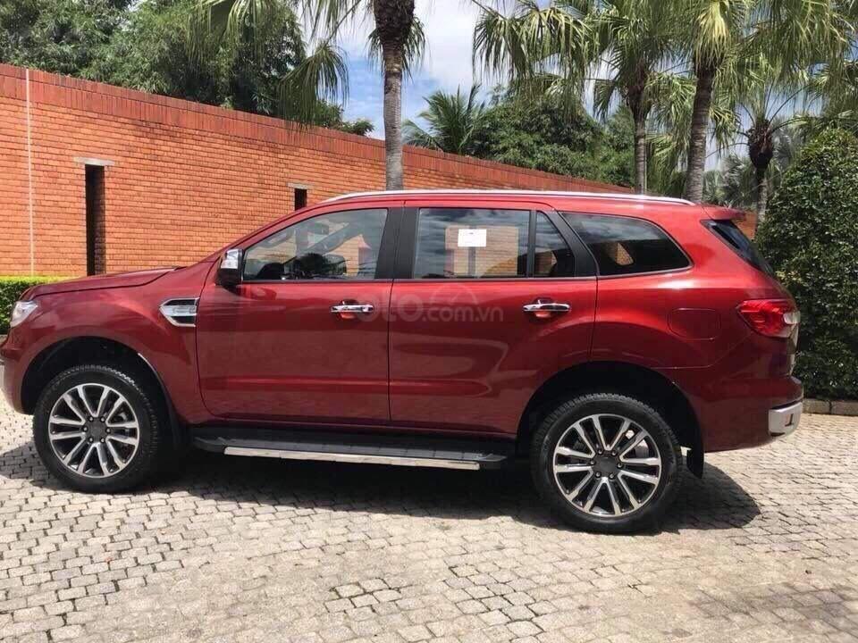 Ford Everest Ambiente và Titanium 2019, màu đỏ, nhập khẩu, giá nát để lấy doanh số, tặng kèm phụ kiện và hỗ trợ lệ phí-4
