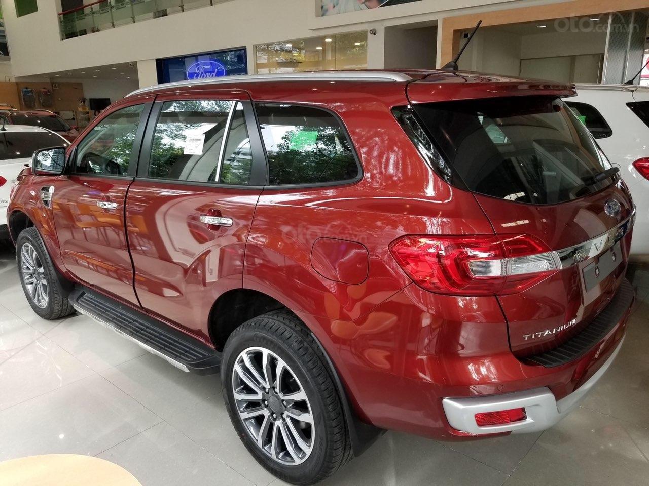 Ford Everest Ambiente và Titanium 2019, màu đỏ, nhập khẩu, giá nát để lấy doanh số, tặng kèm phụ kiện và hỗ trợ lệ phí-5