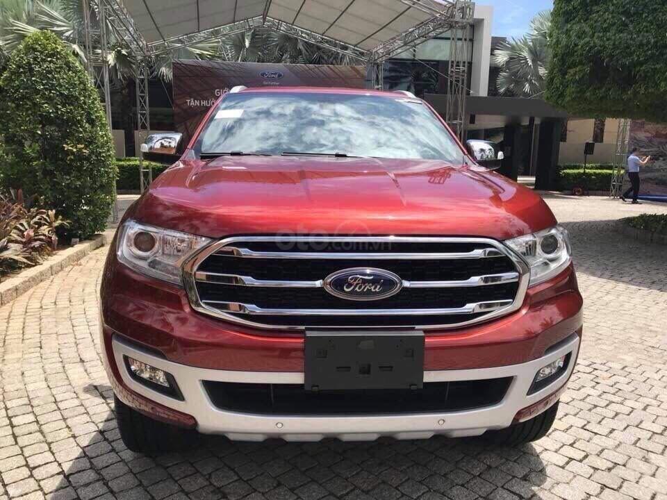Ford Everest Ambiente và Titanium 2019, màu đỏ, nhập khẩu, giá nát để lấy doanh số, tặng kèm phụ kiện và hỗ trợ lệ phí-0