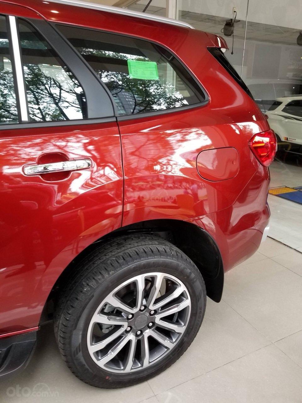 Ford Everest Ambiente và Titanium 2019, màu đỏ, nhập khẩu, giá nát để lấy doanh số, tặng kèm phụ kiện và hỗ trợ lệ phí-6