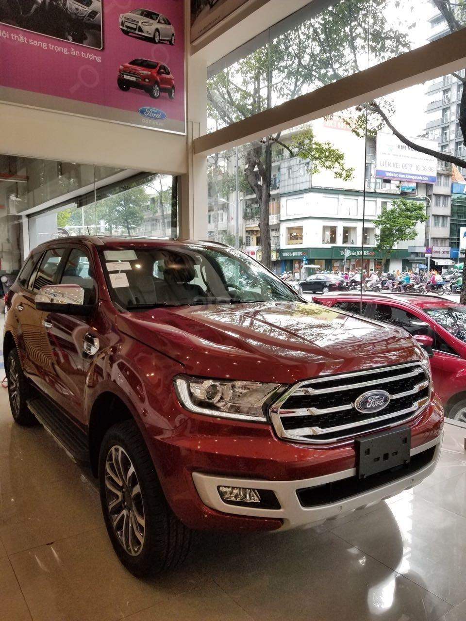 Ford Everest Ambiente và Titanium 2019, màu đỏ, nhập khẩu, giá nát để lấy doanh số, tặng kèm phụ kiện và hỗ trợ lệ phí-8