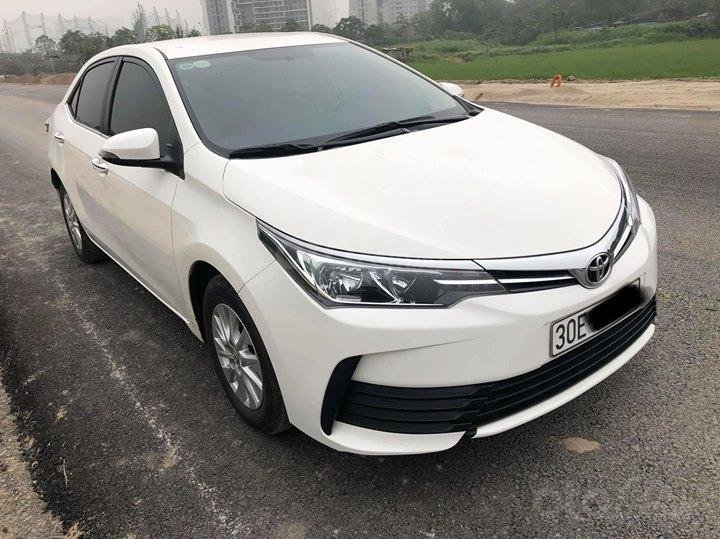 Toyota Corolla Altis 1.8MT SX 2017 form mới-0