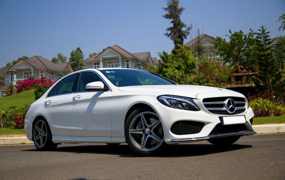 Soi lỗi thường gặp trên xe sang Mercedes-Benz a4.