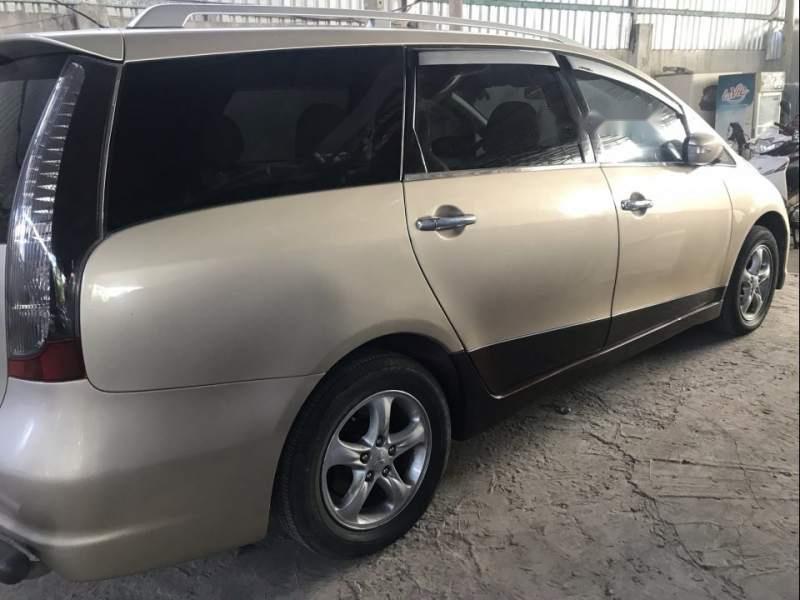 Bán Mitsubishi Grandis sản xuất 2007, màu vàng còn mới (3)