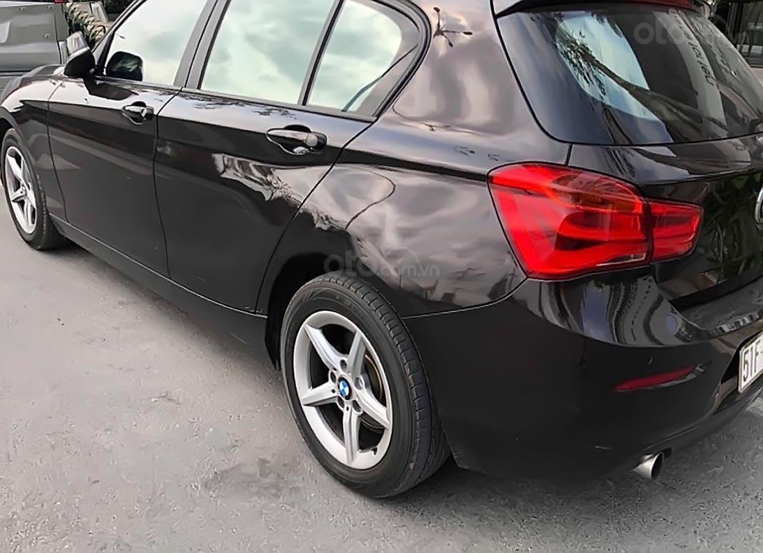 Cần bán BMW 1 Series 118i đời 2015, màu đen, xe nhập, 888tr (2)