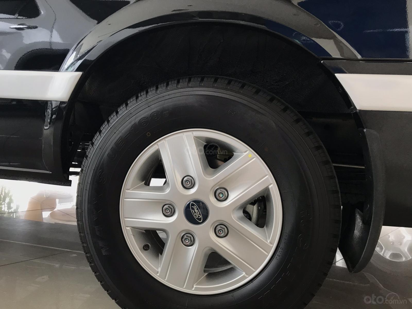 Ford Transit Limited Đời [2018-2019], hỗ trợ vay 80-90%, lãi suất 0.6%, LH 090909.9106-3