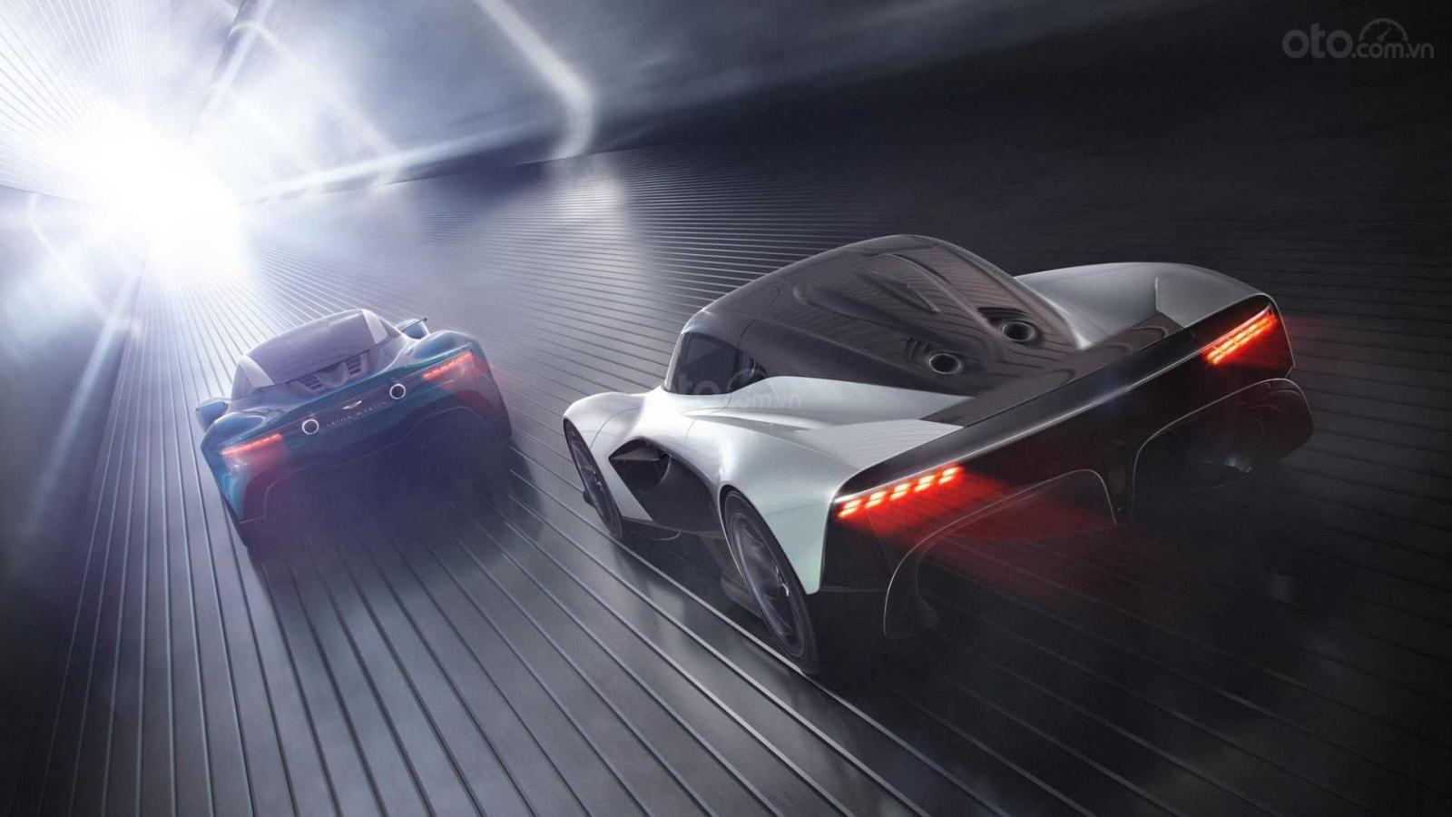 Aston Martin đổi kiểu so với truyền thống