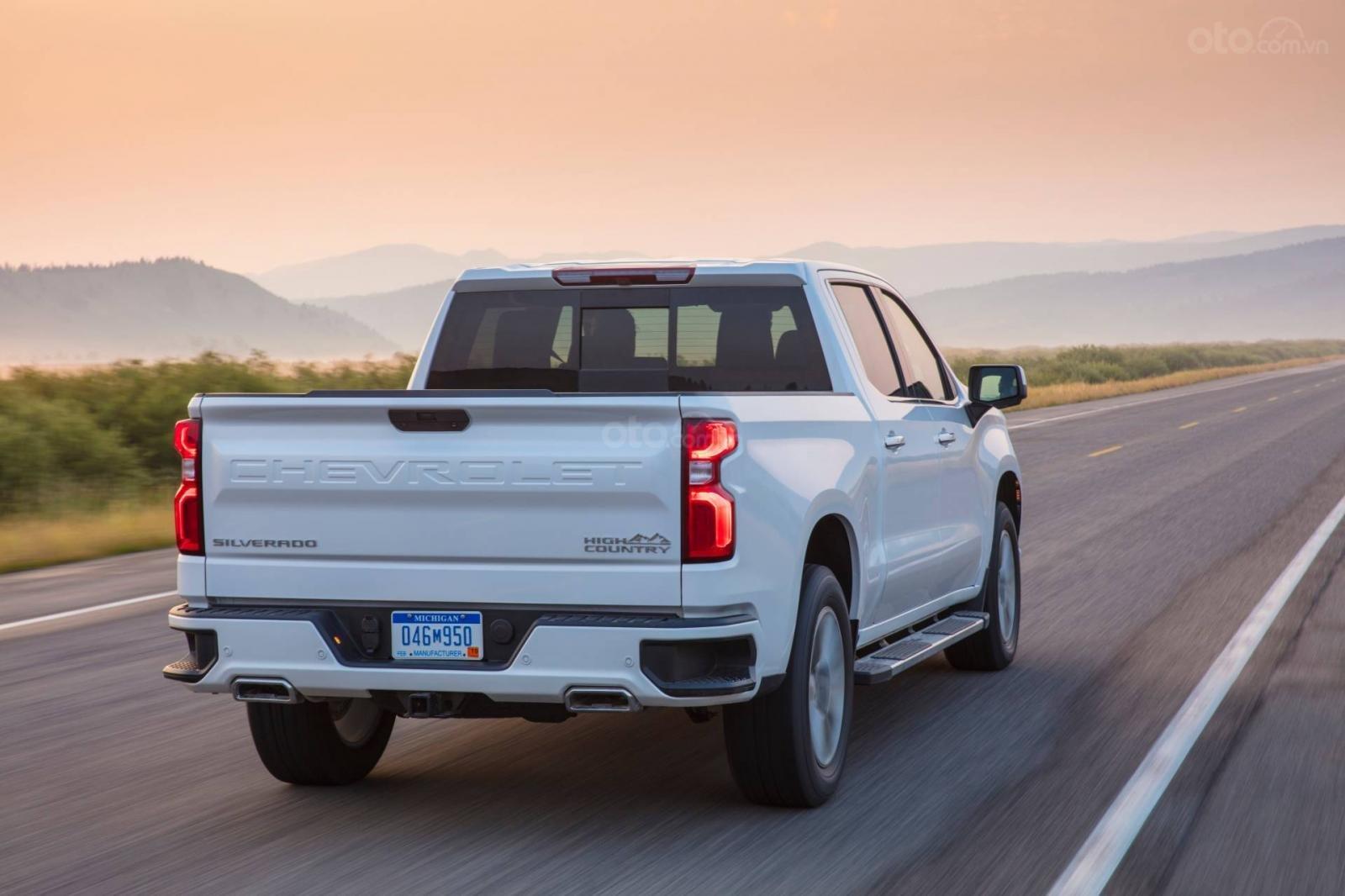 Chevrolet Silverado 2019 và GMC Sierra 2019 tăng cường sức mạnh