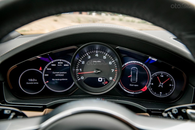 Đánh giá xe Porsche Cayenne 2019 a27