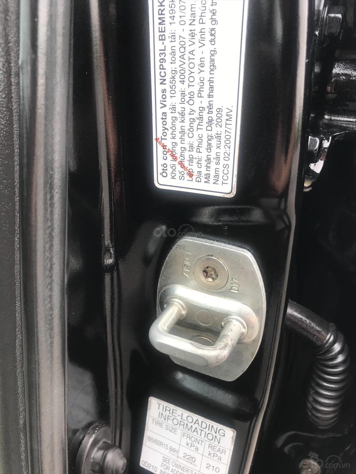 Bán xe Toyota Vios 1.5E MT đời 2009, màu đen-14