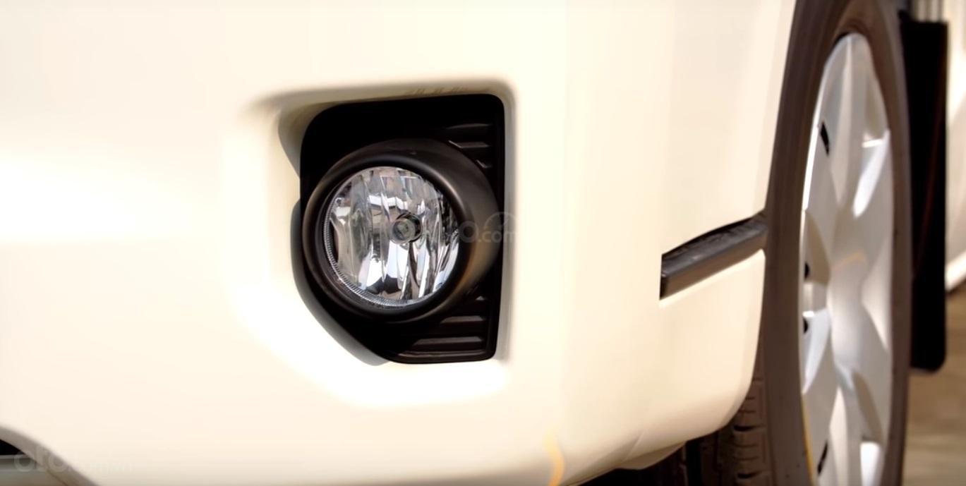 Đánh giá xe Toyota Hiace 2019 4