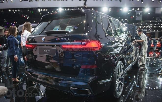 BMW X7 2019 trình làng tại thị trường ASEAN - đuôi xe