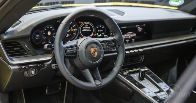 Porsche 911 2020 ra mắt thị trường Châu Á với giá bán 8,87 tỷ đồng - nội thất