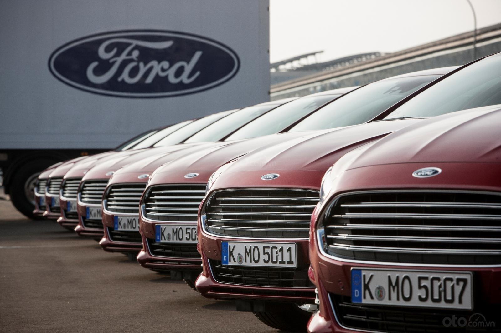 Ford dự kiến cắt giảm kinh doanh tại nga