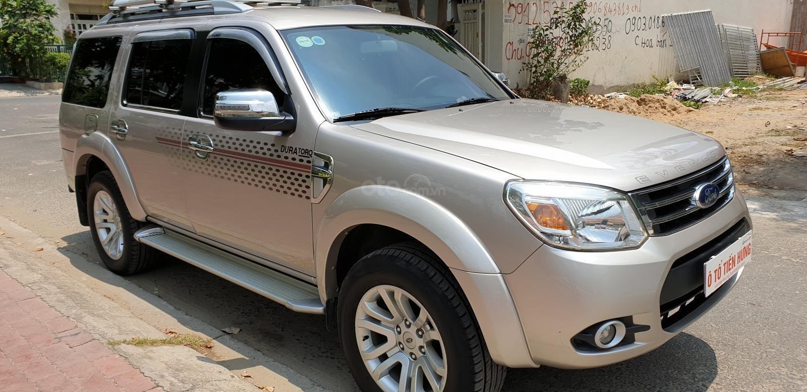 Bán Ford Everest máy dầu 2.5 số sàn model 2014 đời T12/2013, màu ghi vàng mới 90%-2
