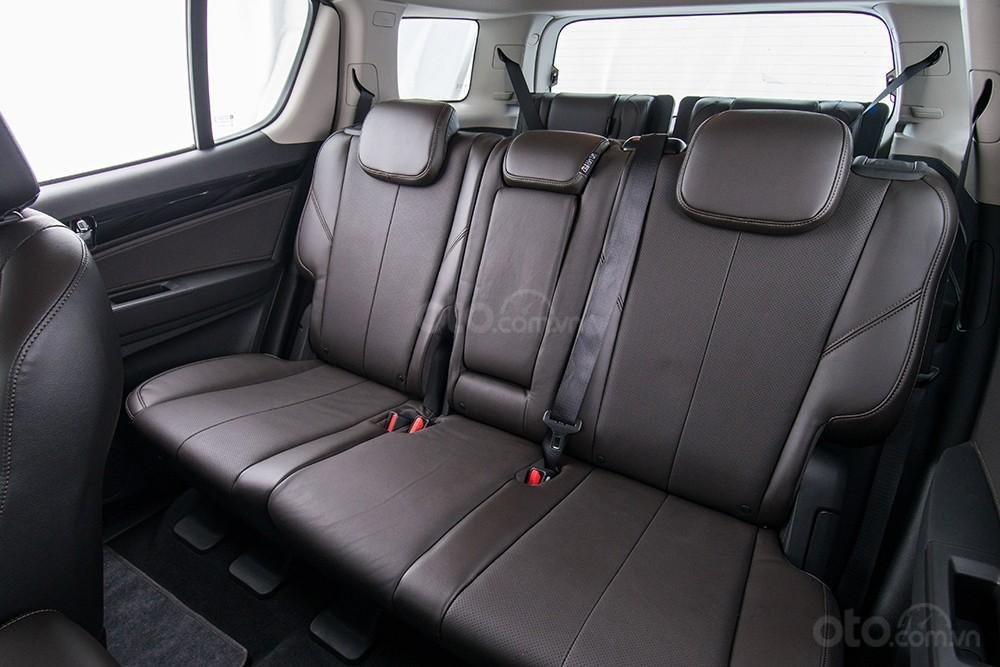 Bán Trailblazer 7 chỗ, vay 95% trị giá xe lăn bánh 160tr, đủ màu giao ngay, không cần CM thu nhập, liên hệ: 0961.848.222 (5)