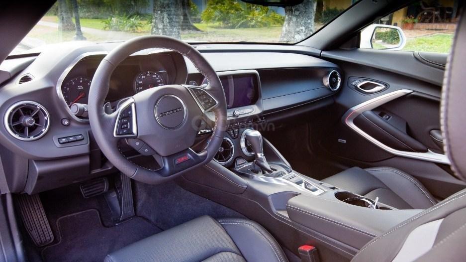 Nội thất Chevrolet Camaro 2019