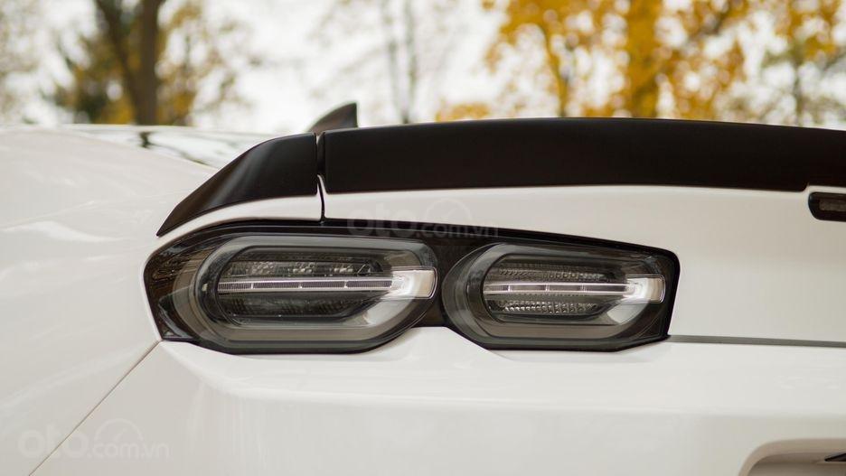 Đánh giá xe Chevrolet Camaro 2019 - đèn hậu