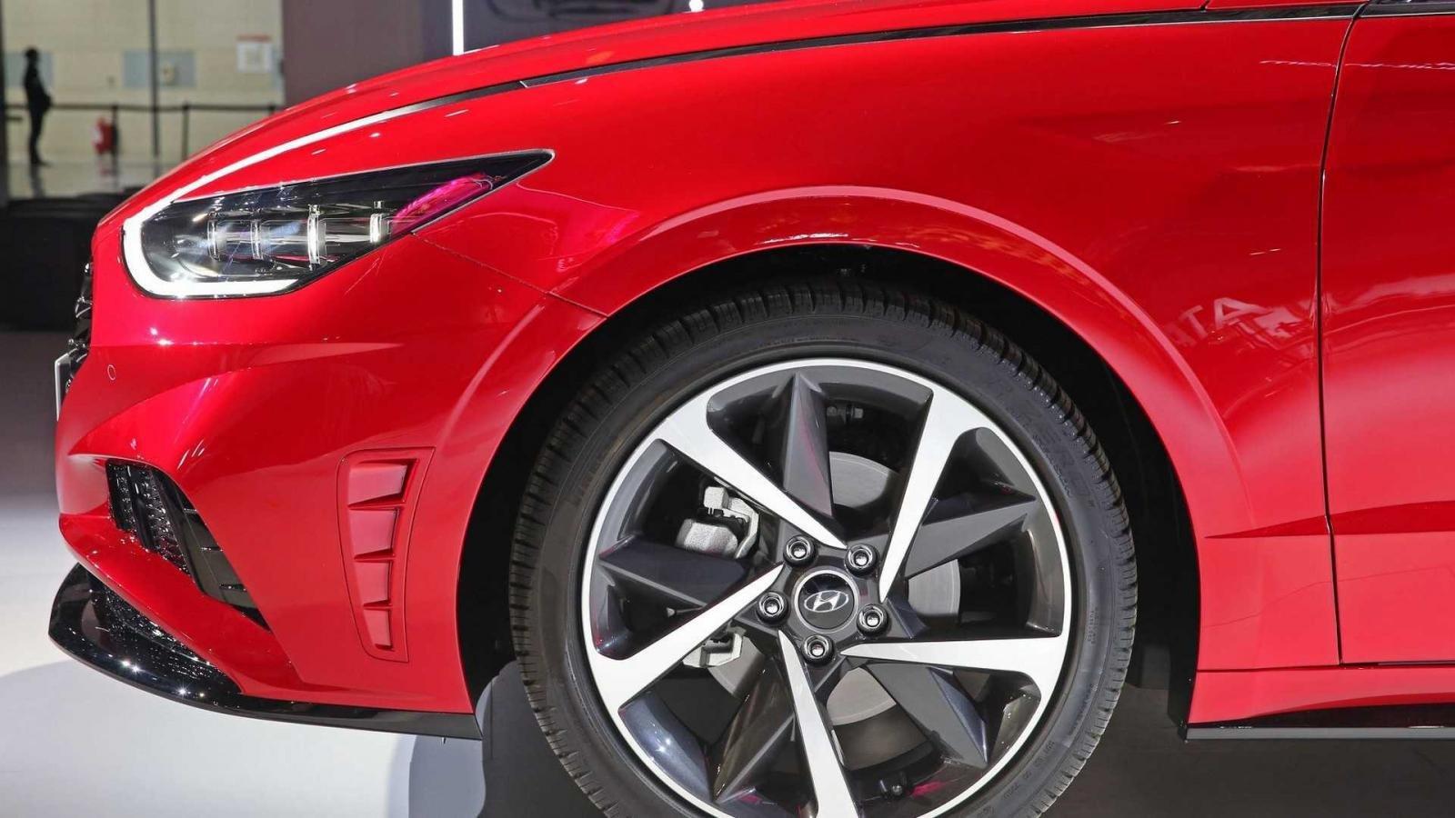 Hyundai Sonata thế hệ mới ra mắt đẹp hơn, mạnh hơn a3