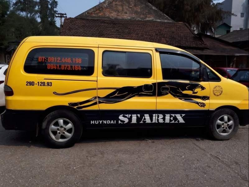Xe Hyundai Grand Starex MT sản xuất năm 2004, màu vàng-0