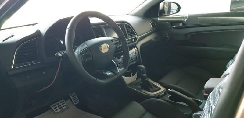 Bán ô tô Hyundai Elantra đời 2018, xe nhập, 709tr-5