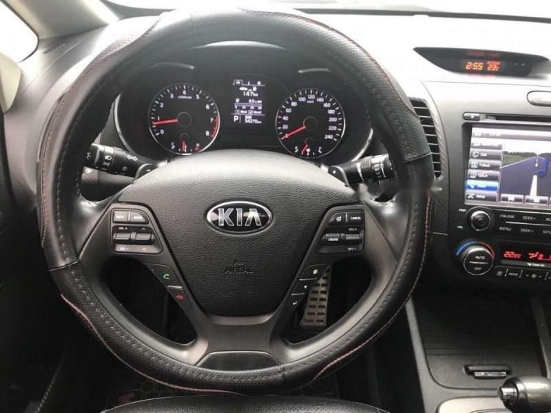 Xe Kia K3 sản xuất năm 2015, màu đen còn mới, giá tốt (5)