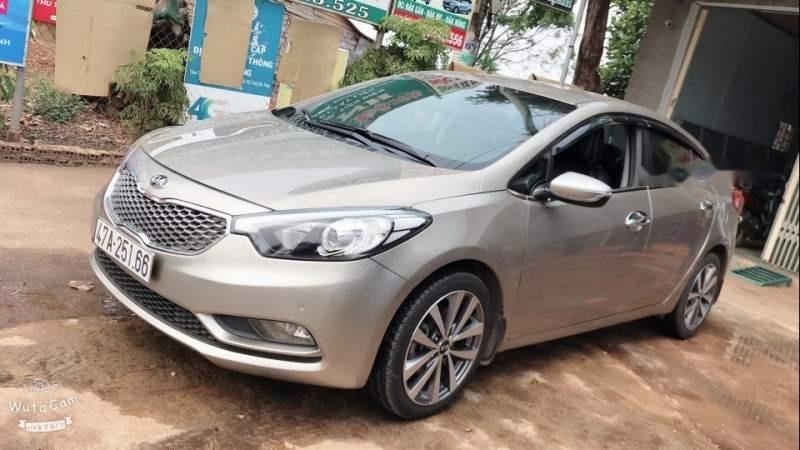 Cần bán xe cũ Kia K3 MT năm sản xuất 2014 như mới (1)