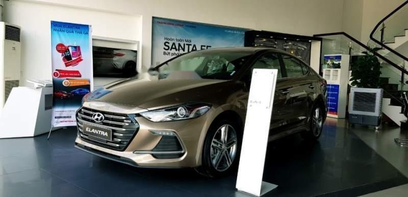 Bán ô tô Hyundai Elantra đời 2018, xe nhập, 709tr-2