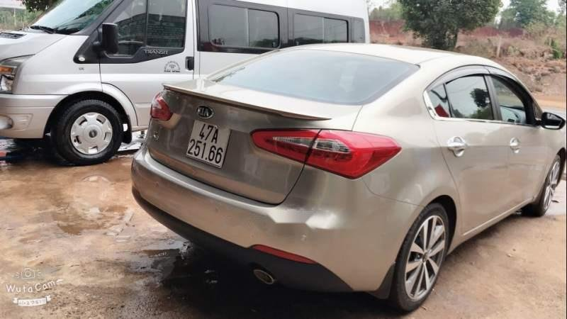 Cần bán xe cũ Kia K3 MT năm sản xuất 2014 như mới (3)
