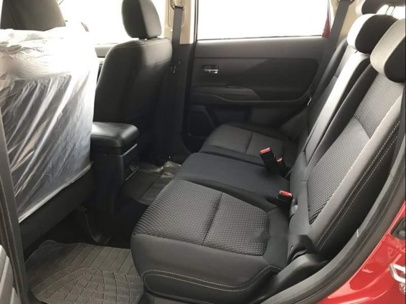 Bán Mitsubishi Outlander đời 2019, xe 7 chỗ mới 100% (5)