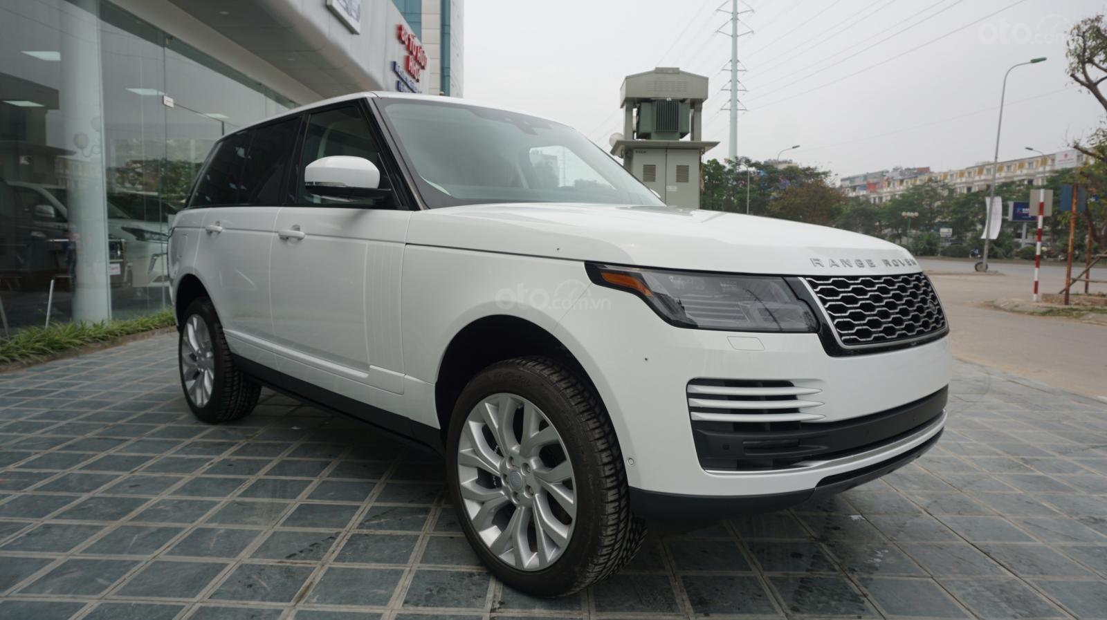 Cần bán xe LandRover Range Rover HSE năm 2019, màu trắng, xe nhập-1